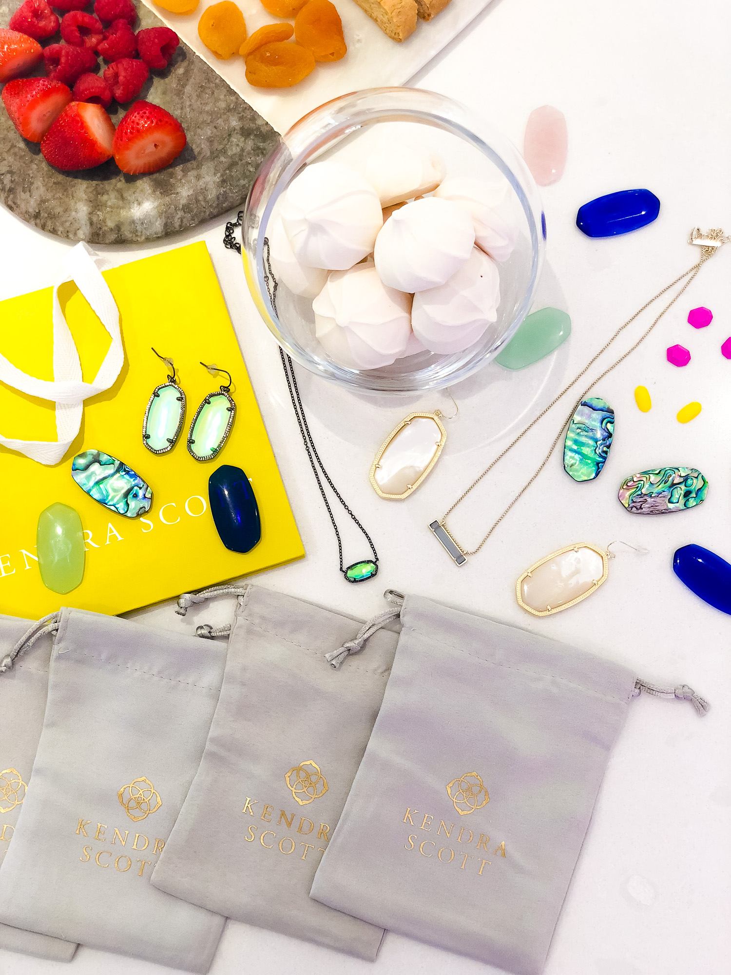 Kendra Scott Color Bar Party